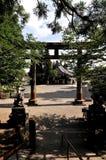 Porta grande de Torii do santuário médio de Togakushi no Nagano fotografia de stock