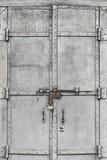 Porta manchada do metal Fotografia de Stock
