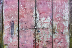 Porta manchada rosa do metal Fotos de Stock