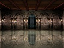 Porta medieval do salão e do ferro foto de stock royalty free