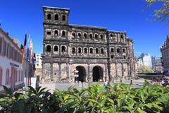 Porta Nigra i Trier Arkivbild