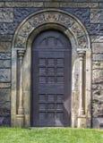 Porta no estilo gótico Imagem de Stock Royalty Free