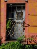 Porta oxidada do trem fotos de stock royalty free