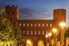 Porta Palatina - башни Palatine в Турине Стоковые Изображения RF