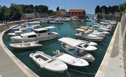 Porta pequena de Zadar imagem de stock