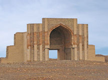 Porta reconstruída da cidade antiga Kunya-Urgench Fotos de Stock