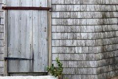Porta resistida velha fotografia de stock royalty free