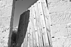 Porta sgangherata Fotografie Stock Libere da Diritti