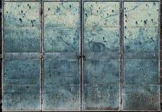 Porta suja da chapa metálica Foto de Stock Royalty Free