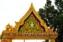 Porta tailandesa do templo da arquitetura local da religião fotografia de stock