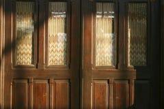 Porta tradicional da casa Fotografia de Stock Royalty Free
