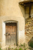Porta velha da torre da fortaleza Foto de Stock