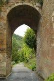 Porta velha em Limeuil, França fotografia de stock royalty free