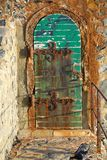 Porta velha oxidada Fotos de Stock Royalty Free