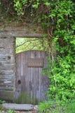 Porta velha quadro pedra da casa de campo Fotos de Stock