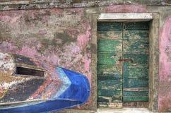Porta verde velha. Fotografia de Stock
