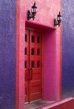 A porta vermelha Fotos de Stock Royalty Free