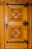 Porta woodcut Di legno entrata vecchio fotografia stock libera da diritti
