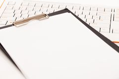 Portacarte su una tastiera Fotografie Stock Libere da Diritti