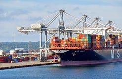 Portacontenedores MSC INGY ha atracado en el puerto de Aarhus Dinamarca Imagen de archivo