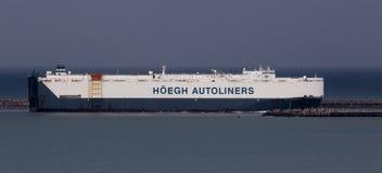 Portador de carro que entra no porto de Durban África do Sul foto de stock