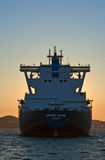 Portador de GNL Aniva grande no por do sol nas estradas do porto de Nakhodka Extremo Oriente de Rússia Mar do leste (de Japão) 31 Fotos de Stock Royalty Free
