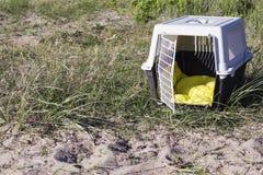 Portador del animal doméstico para viajar Fotografía de archivo