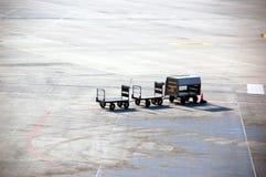 Portador del bagaje del aeropuerto Foto de archivo libre de regalías