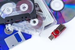 Portadores de información en un fondo blanco fotografía de archivo libre de regalías