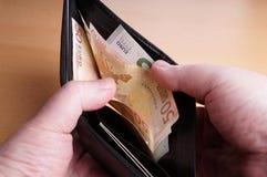 Portafoglio con le euro note Immagini Stock Libere da Diritti