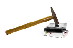 Portafoglio e martello Fotografie Stock Libere da Diritti