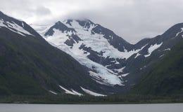 Portage Seegletscher und See Stockfotos