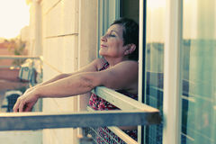 Portait της ευτυχούς ανώτερης γυναίκας Στοκ εικόνα με δικαίωμα ελεύθερης χρήσης