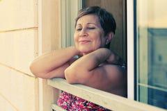 Portait der glücklichen älteren Frau Lizenzfreies Stockfoto