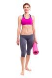 Portait der jungen Frau mit Yogamatte Lizenzfreie Stockbilder