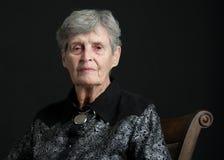 Portait di una donna di 83 anni fotografia stock libera da diritti