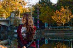 Portait do outono, menina bonita Fotos de Stock Royalty Free