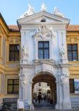 Portal Abbey Church da entrada, Durnstein, Áustria fotografia de stock royalty free