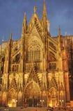 Portal av den Cologne domkyrkan, Tyskland Royaltyfria Foton