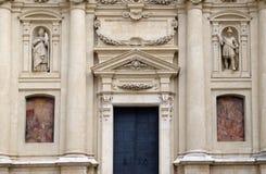 Portal av kyrkan för St Catherine och mausoleet av Ferdinand II, Graz Fotografering för Bildbyråer