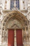 Portal da catedral Saint Sauveur em Aix-en-Provence, França Fotografia de Stock Royalty Free