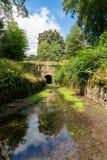 Portal de Coates do túnel de Sapperton, Tamisa - Severn Canal, Cotswolds, Reino Unido fotografia de stock
