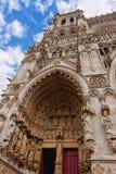Portal en la catedral de Amiens de Notre Dame en Somme foto de archivo libre de regalías