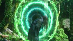 Portal mágico en las ruinas de una casa vieja en un bosque denso del cual el fantasma de una muchacha emerge libre illustration