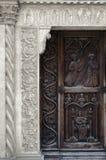 Portal medieval de la iglesia Fotografía de archivo