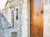 Portal z drewnianymi cyzelowaniami Zdjęcia Royalty Free