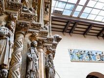 Portale in cortile italiano del museo di Pushkin immagine stock
