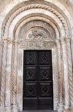 Portale della cattedrale della st Anastasia, Zadar immagine stock libera da diritti