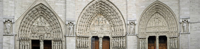 Portales del oeste del Notre Dame de Paris Fotos de archivo libres de regalías