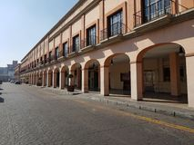 portales en el centro de la ciudad de Toluca, México foto de archivo